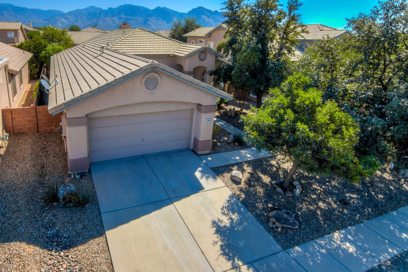 To Learn more about this home for sale at 11060 N. Eagle Crest Dr., Tucson, AZ 85737 contact Dan Grammar (520) 481-7443