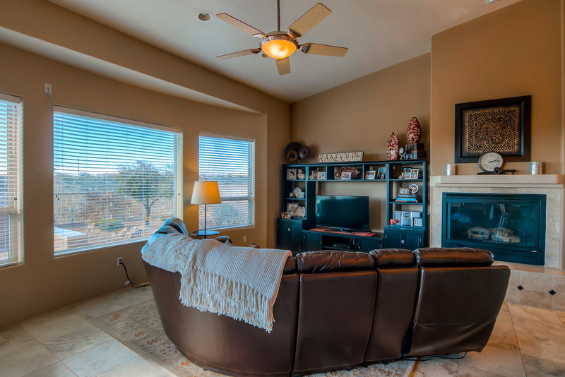 To Learn more about this home for sale at 11061 N. Pusch Ridge Vistas Dr., Oro Valley, AZ 85737 contact Helen Curtis (520) 444-6538