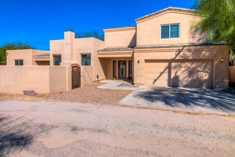 To Learn more about this home for rent at 1139 N. Norton Ave., Tucson, AZ 85719 contact Bizzy Orr (520) 820-1801