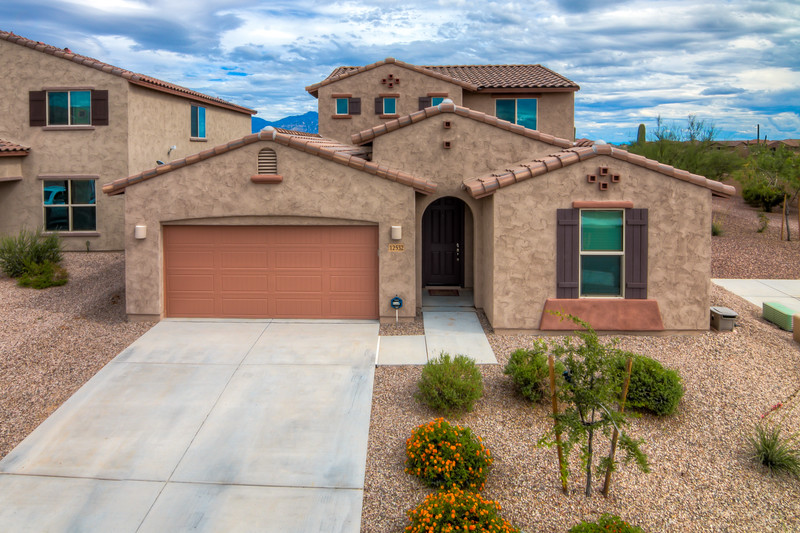 To Learn more about this home for sale at 12532 N. Summer Wind Dr., Tucson, AZ 85658 contact Tim Rehrmann (520) 406-1060
