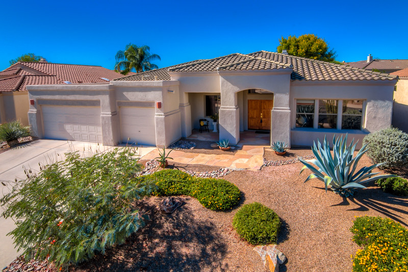 To Learn more about this home for sale at 13899 N. Bentwater Dr., Oro Valley, AZ 85755 contact Traci Roberts-Jones (520) 247-8250