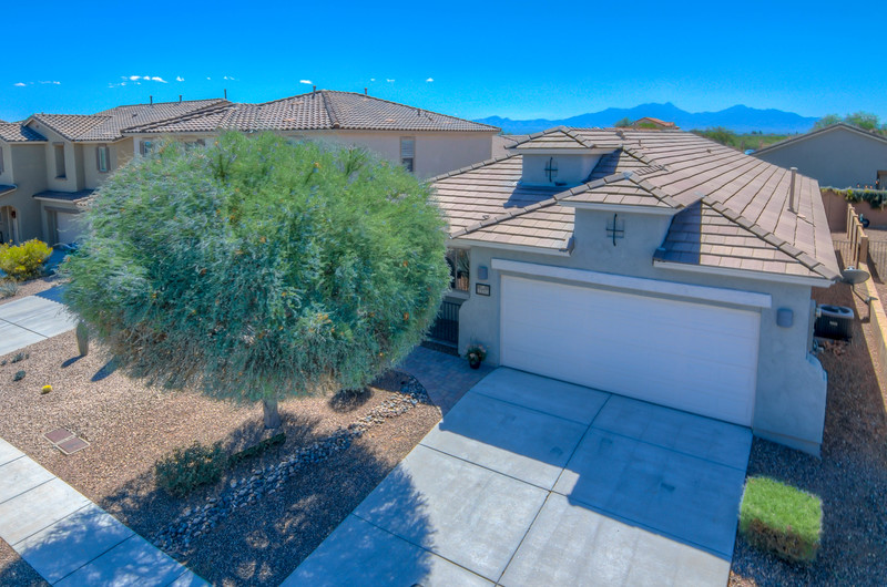 To learn more about this home for sale at 14420 S. Camino El Galan, Sahuarita, AZ 85629 contact Rebecca Schulte, REALTOR®, Keller Williams Southern Arizona (520) 444-5334