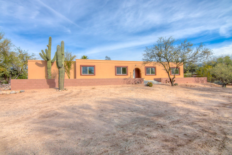 To Learn more about this home for sale at 1660 W. Rudasill Rd., Tucson, AZ 85704 contact Debra Quadt, Realtor, Redfin (520) 977-4993