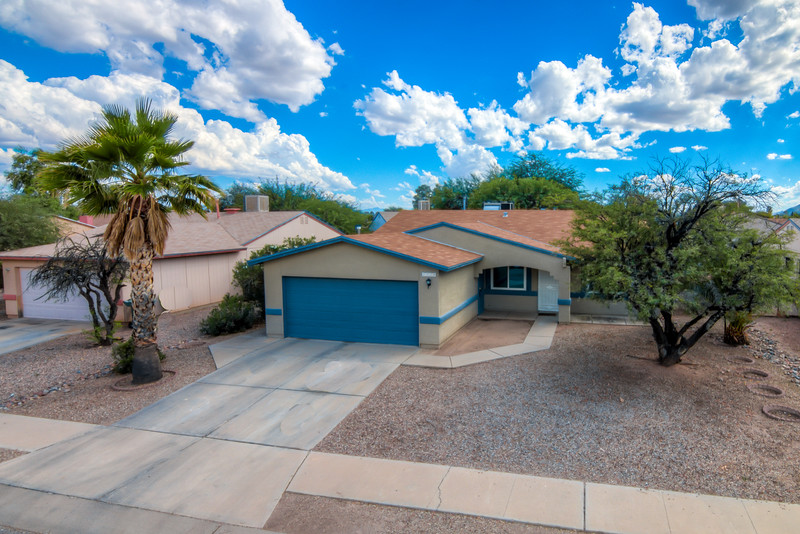 To Learn more about this home for sale at 1739 W. Greenleaf Dr., Tucson, AZ 85746 contact Tim Rehrmann (520) 406-1060