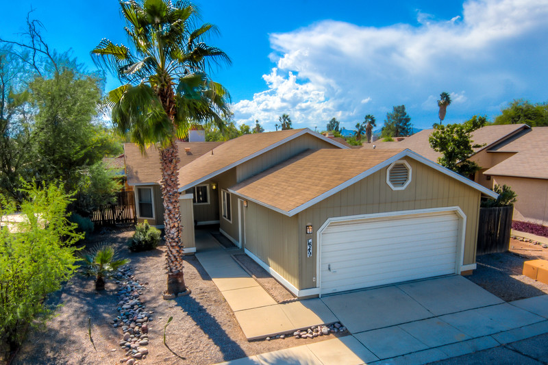 To Learn more about this home for sale at 1849 W. Leticia Ln., Tucson, AZ 85705 contact Dan Grammar (520) 481-7443