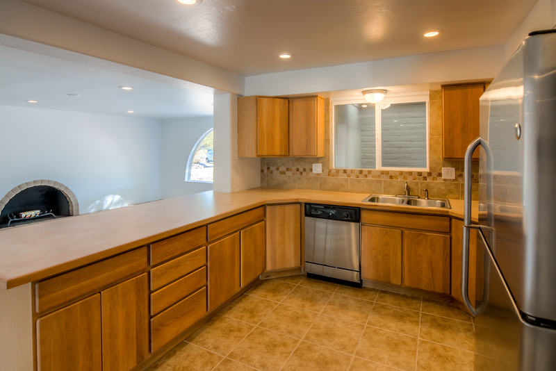 To learn more about this home for sale at 2633 W. Calle Genova, Tucson, AZ 85745 contact Jeff Hannan (520) 349-8766