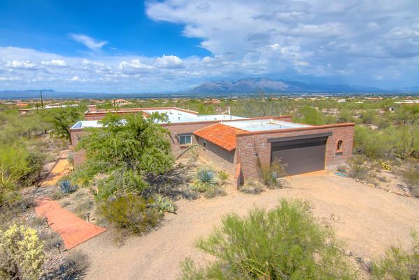 For Sale 2949 N. Sunrock Ln., Tucson, AZ 85745