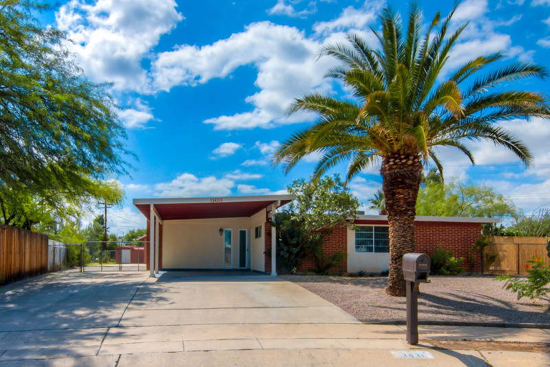 To Learn more about this home for sale at 3431 S. Lakeside Pl., Tucson, AZ 85730 contact Jeff Lemcke (520) 990-9054