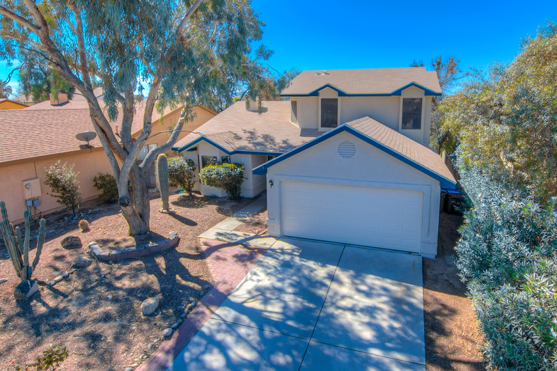 To Learn more about this home for sale at 5201 W. Aquamarine St., Tucson, AZ 85742 contact  Borgmeyer | Willis Team, Tierra Antigua Realty (520) 261-1206