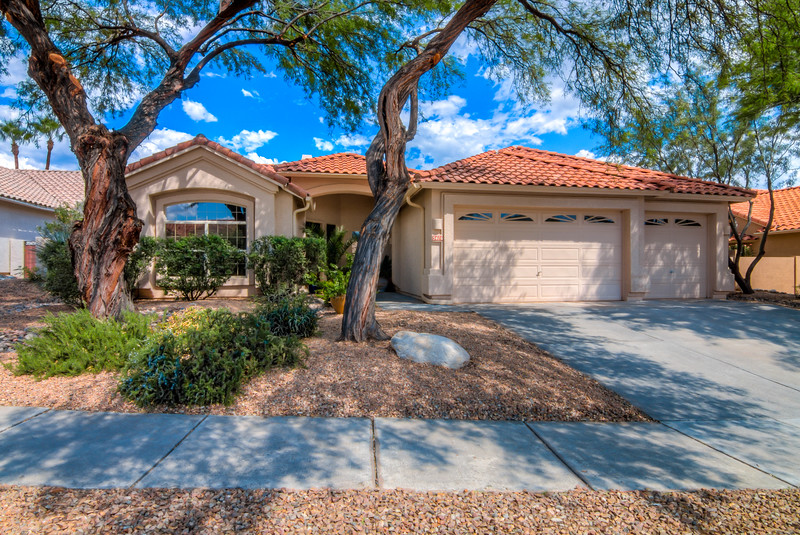 To Learn more about this home for sale at 5416 N. Ventana Vista Rd., Tucson, AZ 85750 contact Bob Cheney (520) 877-8696