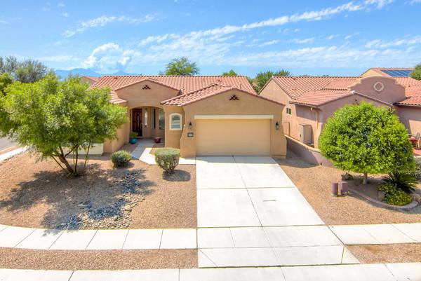 For Sale 556 E. Via Puente Lindo, Sahuarita, AZ 85629