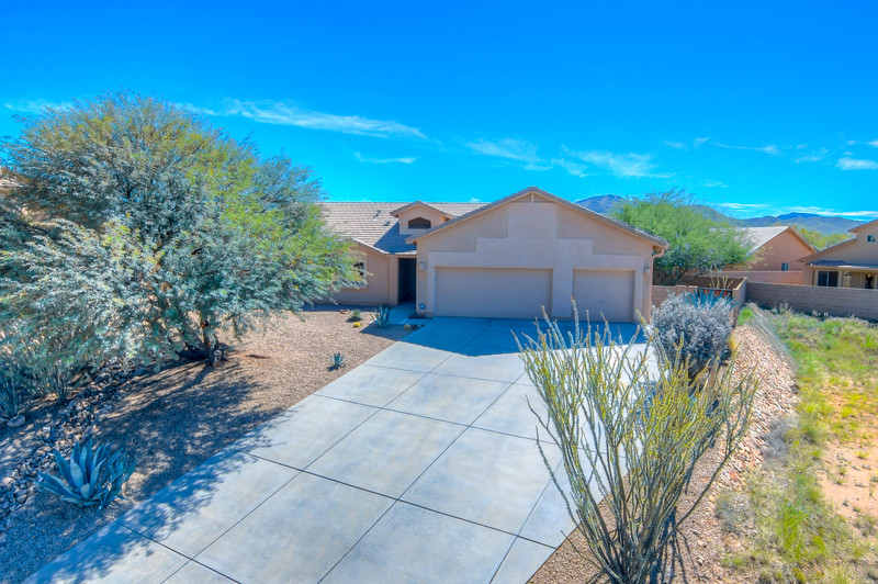 To Learn more about this home for sale at 567 W. Willis Pl., Vail, AZ 85641 contact Nicole Palese, REALTOR®, Tierra Antigua Realty (520) 245-4696