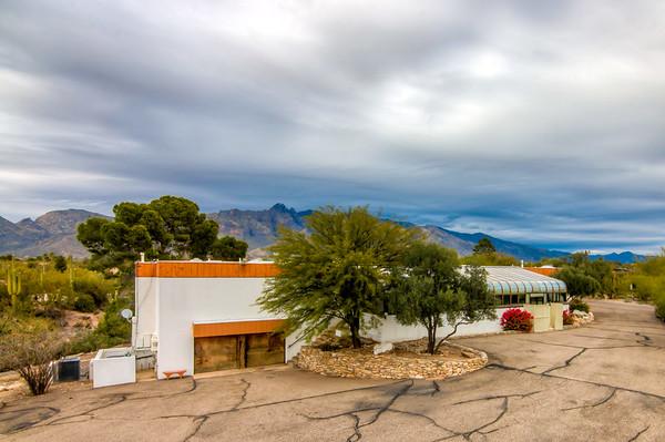 For Sale 5764 N. Camino Miraval, Tucson, AZ 85718