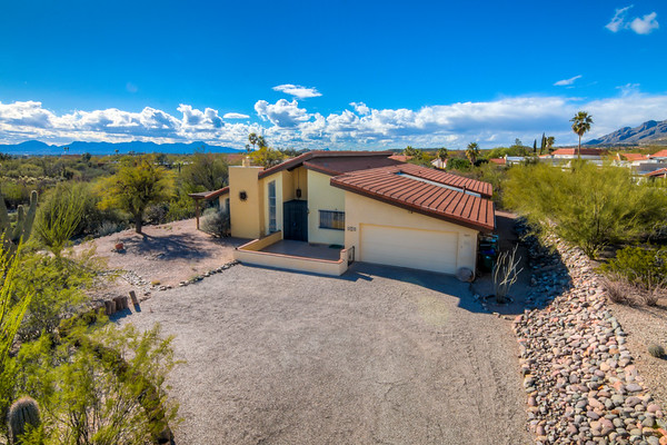 For Sale 5817 N. Camino Del Conde, Tucson, AZ 85718