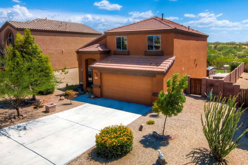 To Learn more about this home for rent at 648 S. Willis Ray Ave, Vail, AZ 85641 contact Bizzy Orr (520) 820-1801