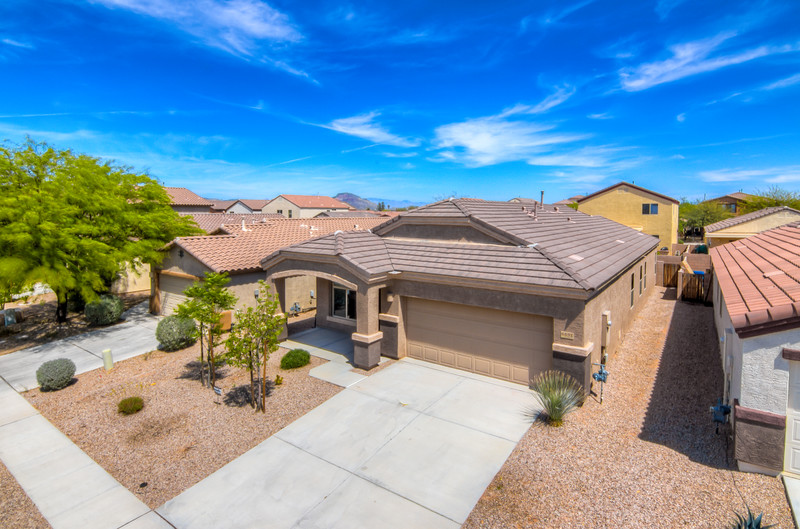 To Learn more about this home for sale at 6691 S. Stone Fly Dr., Tucson, AZ 85757 contact Jeff Lemcke (520) 990-9054
