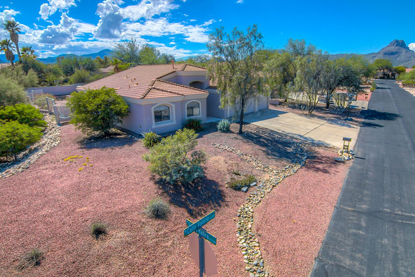 For Sale 6707 W. Calle Valerio, Tucson, AZ 85743