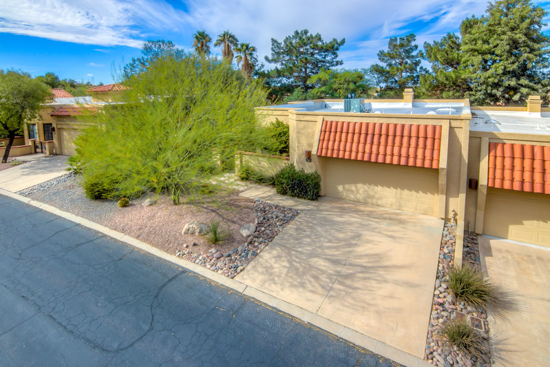 To Learn more about this home for sale at 787 Camino Corrida, Oro Valley, AZ 85704 contact Jeff Lemcke (520) 990-9054