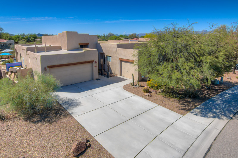 To learn more about this home for sale at 8113 N. Night Pony Dr., Tucson, AZ 85743 contact Debra Quadt, Realtor, Redfin (520) 977-4993