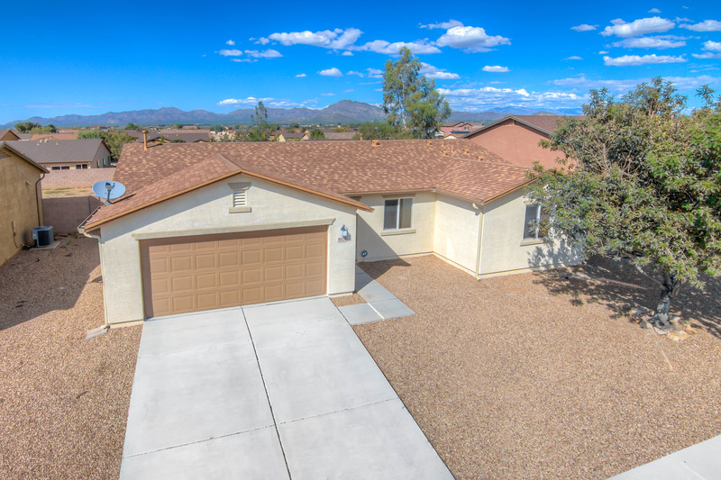 To learn more about this home for sale at 8378 W. Kittiwake Ln., Tucson, AZ 85757 contact Jeff Lemcke, REALTOR®, Help-U-Sell Realty Advantage (520) 990-9054