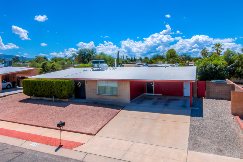 To Learn more about this home for sale at 8642 E. Calle Bogota, Tucson, AZ 85715 contact Tim Rehrmann (520) 406-1060