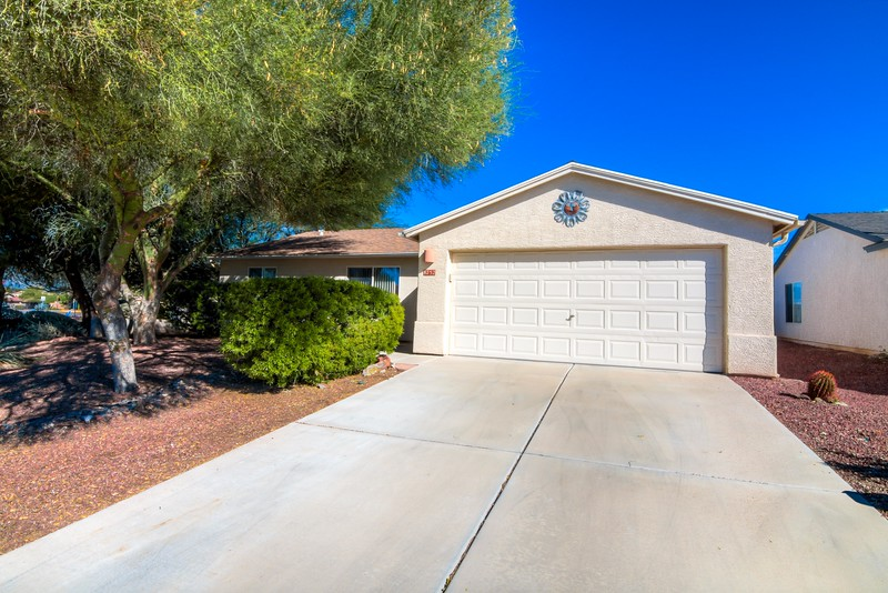 To Learn more about this home for sale at 8752 N. Silver Moon Way, Tucson, AZ 85743 contact Jeff Lemcke (520) 990-9054
