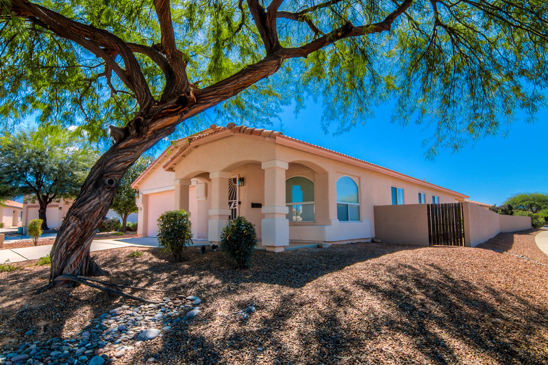 To learn more about this home for sale at 90 E. Futurity Pl., Oro Valley, AZ 85755 contact Jeff Hannan (520) 349-8766