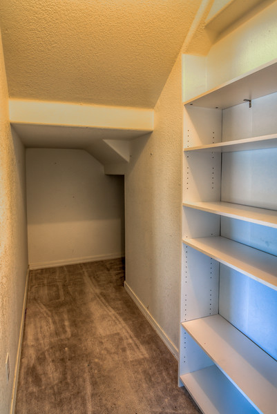 To Learn more about this home for sale at 9569 E. Via Del Sol Caliente, Tucson, AZ 85748  contact Kim Wakefield (520) 333-7783