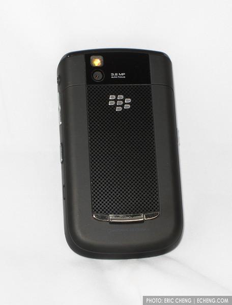 RIM Blackberry Tour 9630 World Phone (CDMA / GSM), Verizon Wireless, with 2GB micro-SD and Verizon GSM SIM card for global roaming