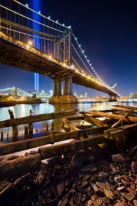Manhattan Bridge & Tribute