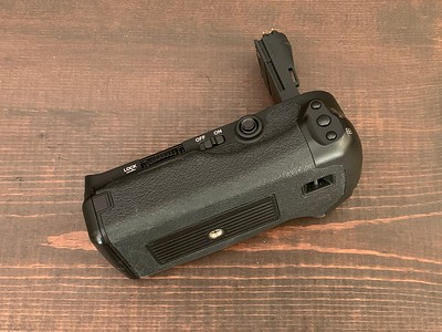 Vertical Grip for 5D Mark III