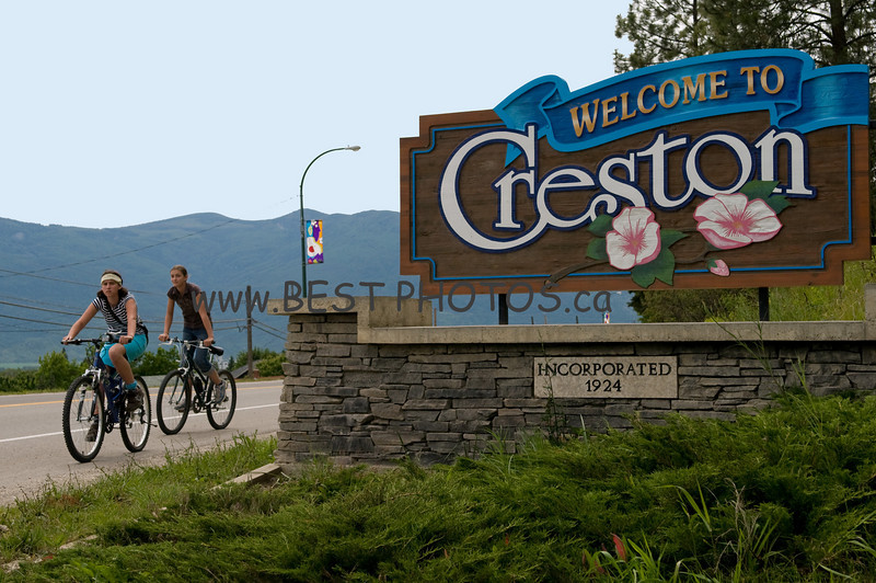 "TOWN of CRESTON - The photographs of the Town of Creston and surrounding area, which were produced by BEST PHOTOS, were of high quality and accurately portrayed the beauty and ambiance of our Valley.  Phil's photography brought out the 'best' in us!  His professionalism made our Picture BC experiences an enjoyable one.<br /> <br /> Bev Caldwell,<br /> CAO,<br /> Town of Creston<br /> <br /> <br /> PictureBC Website;  <a href=""http://www.picturebc.ca/"">http://www.picturebc.ca/</a>"