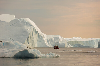 exploring the ilulissat icebergs