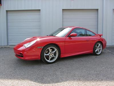 SOLD: 2004 Porsche 996