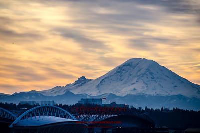 Mount Ranier At Sunrise