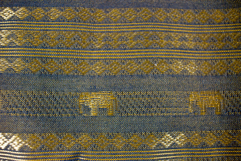 $25 - Pillow case/ bag from Thailand (detail) - pic 2/2