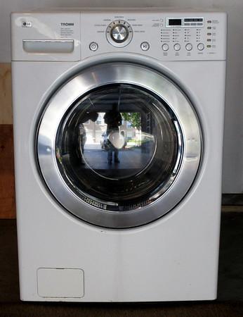 LG Washing Machine WM2277HW