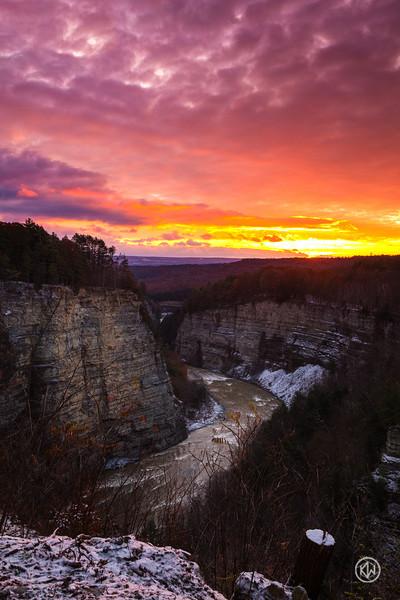 Winter Canyon Sunrise — Letchworth State Park