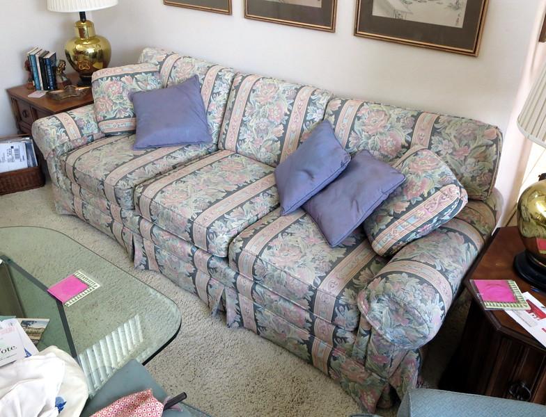 "Sofa: 7'6"" long x 36"" deep x 32"" high (back)"