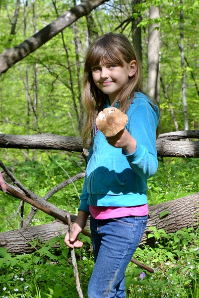 Lilly shows off her Pluteus cervinus