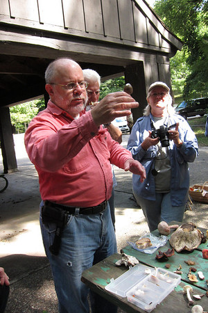 Dean explains the macro details of this Amanita vaginata.