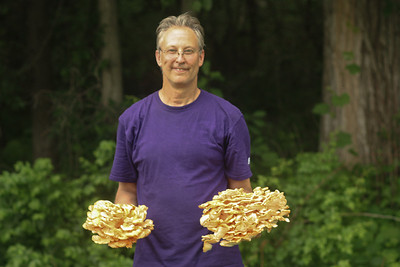 Marty and a couple of handfuls of Laetiporus cincinnatus,
