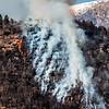 Montagna in fiamme a Ponte Brolla
