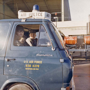 63 E100 pick-up USAF Air Police