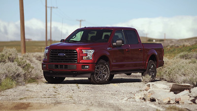 2017 Ford F-150 4x4 Sport Parked Reel