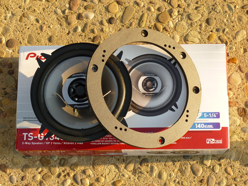 """Pioneer TS-G1343R 2-way 5 1/4"""" speakers and  Speaker adapter    from <a href=""""http://www.car-speaker-adapters.com/items.php?id=SAK080""""> Car-Speaker-Adapters.com</a>  compared"""