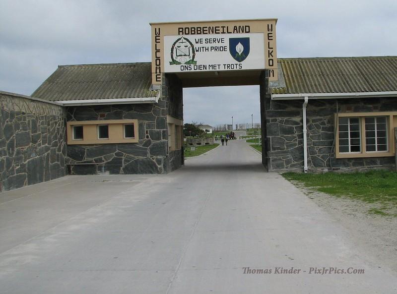 0010 7-26 Robben Island