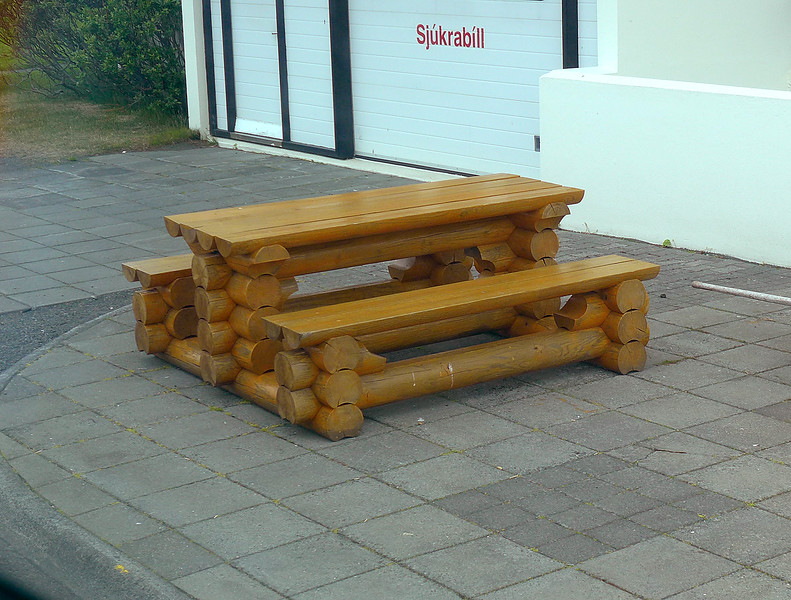 Full size picnic table made of Lincoln logs