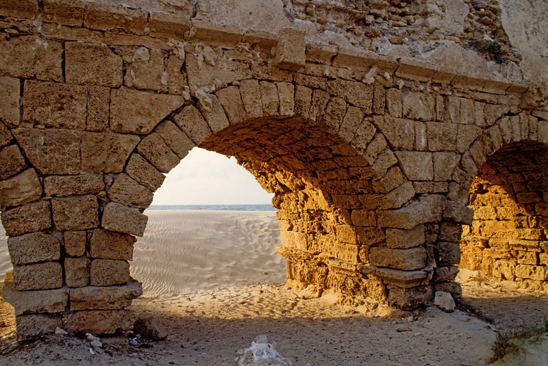 Caesarea, Aqueduct, 1990