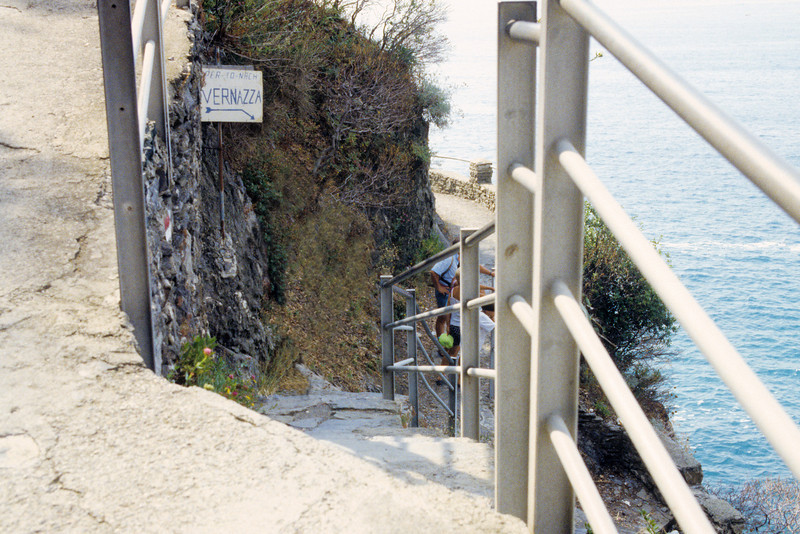 The path from MonteRosso to Vernazza
